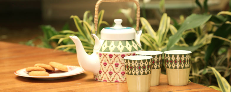 Buy Designer Crockery Sets Online for Kitchen
