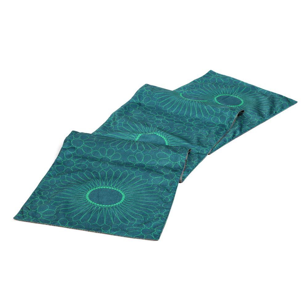 Kuheli Wheel & Barrow Table Runner