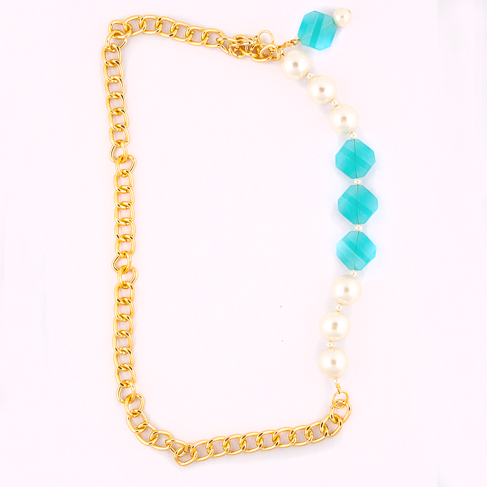 Pearly Blue Necklace