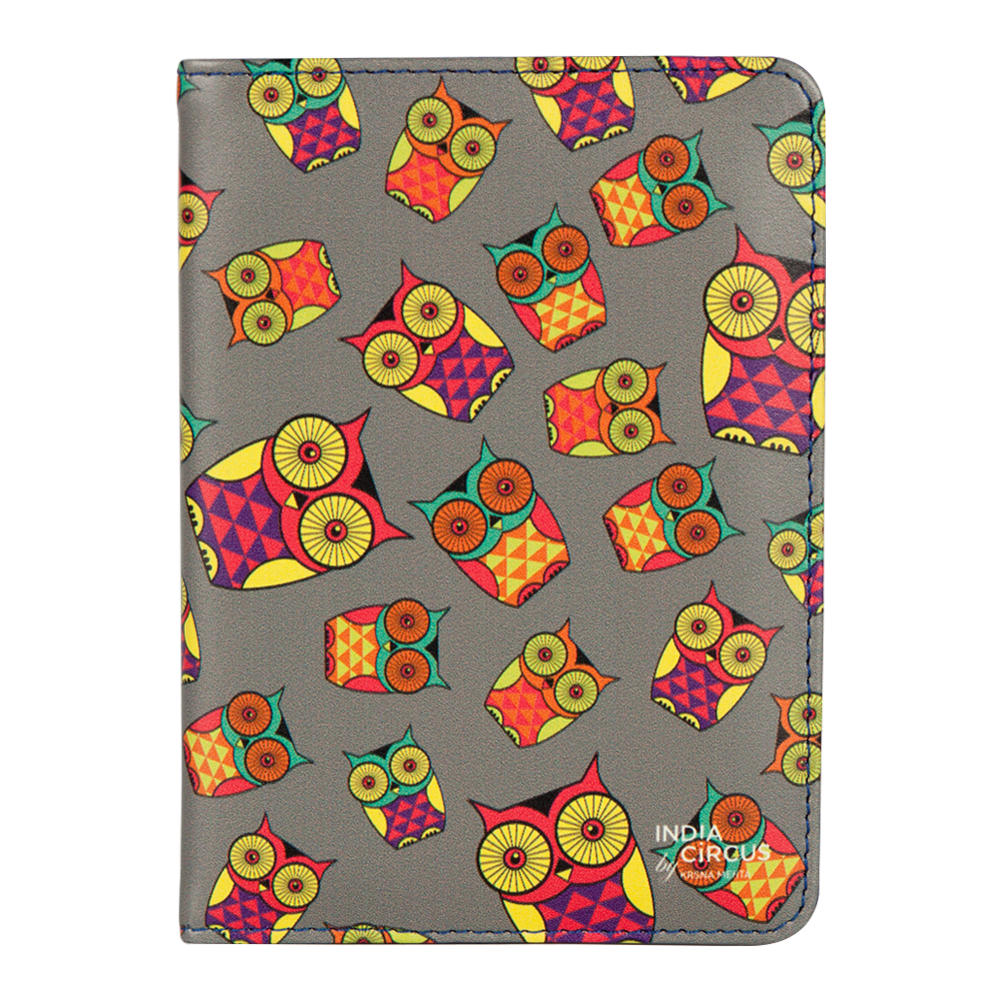 Peeking Owls Passport Cover