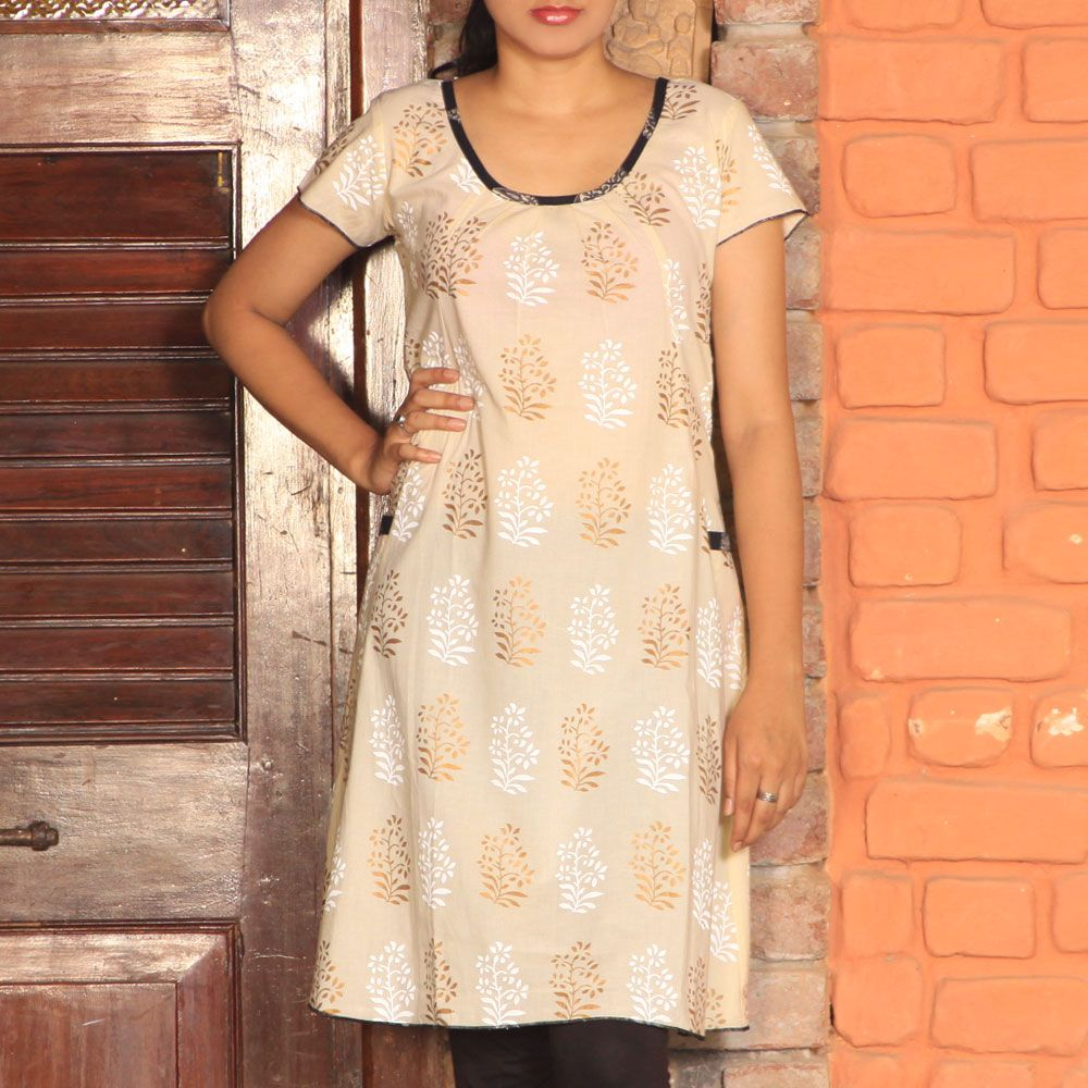 Cap sleev kurta offwhite with gold buti & black patti