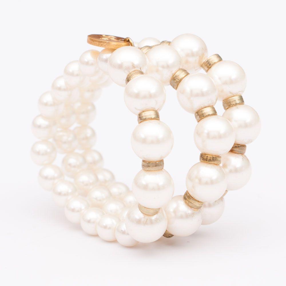 Pearly elegance bracelet