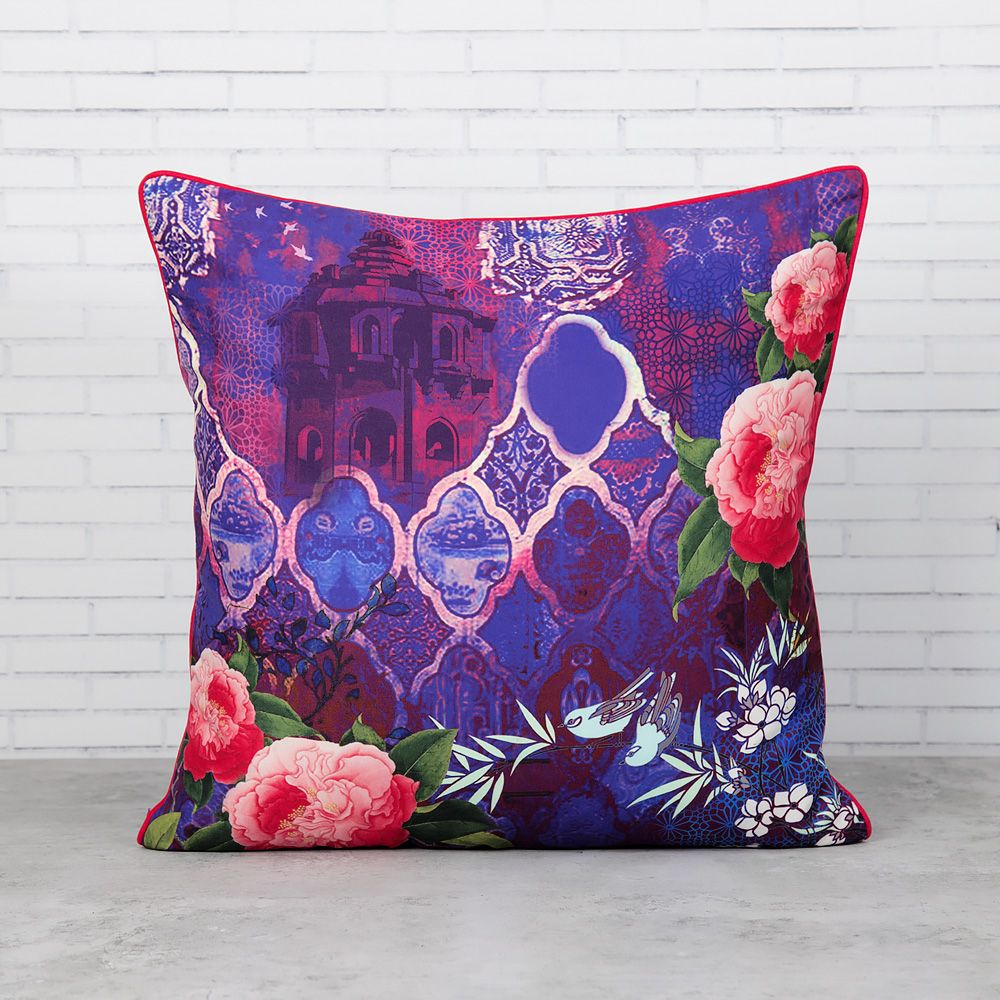 O Violetta Polyester Cushion Cover