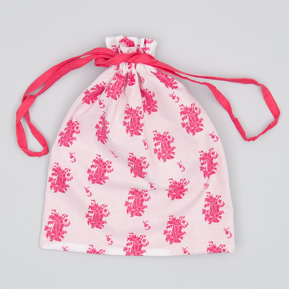 Field of Flora Drawstring Bag