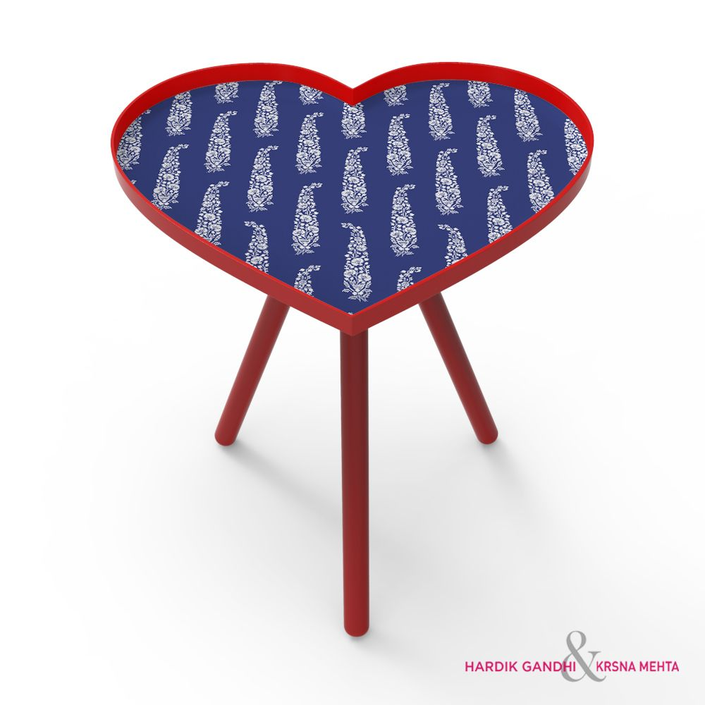 Kuheli Perfect Paisley Heart Side Table