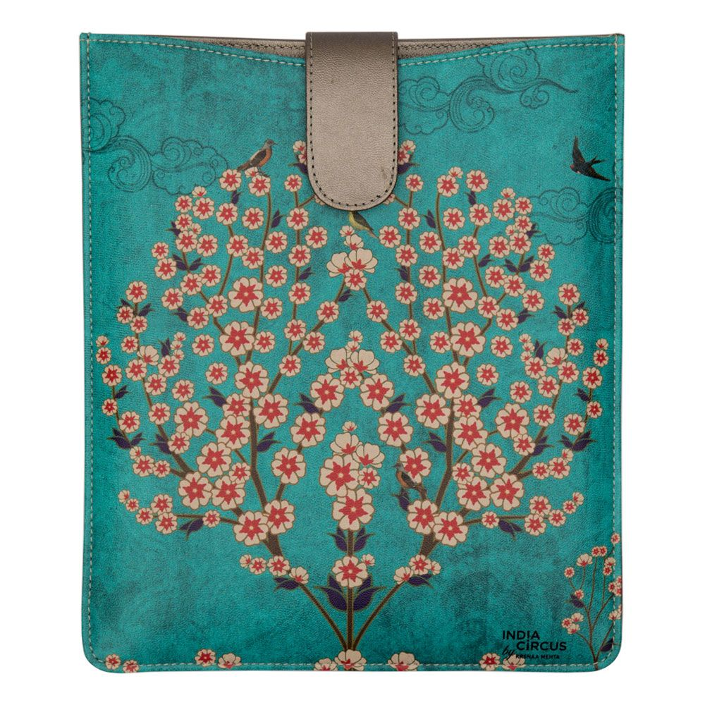 Beryl Boutonniere iPad / Tablet sleeve