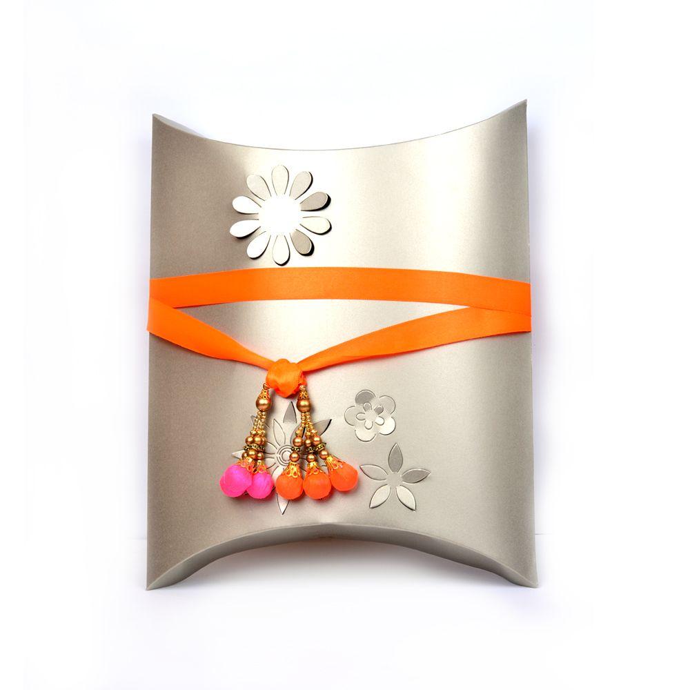 Elegant White Floral Gift Box - Single