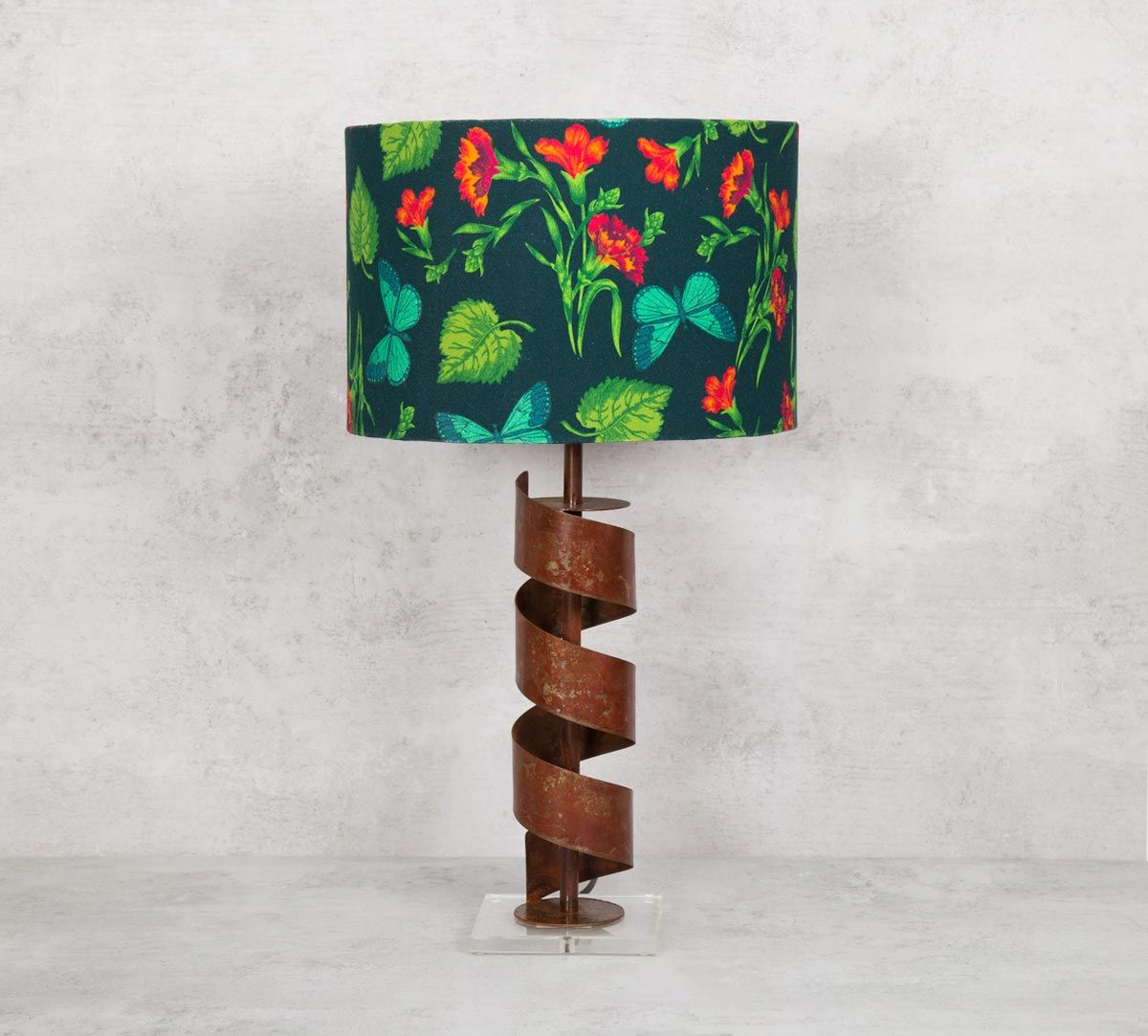India Circus Fluttering Extravagance Table Lamp