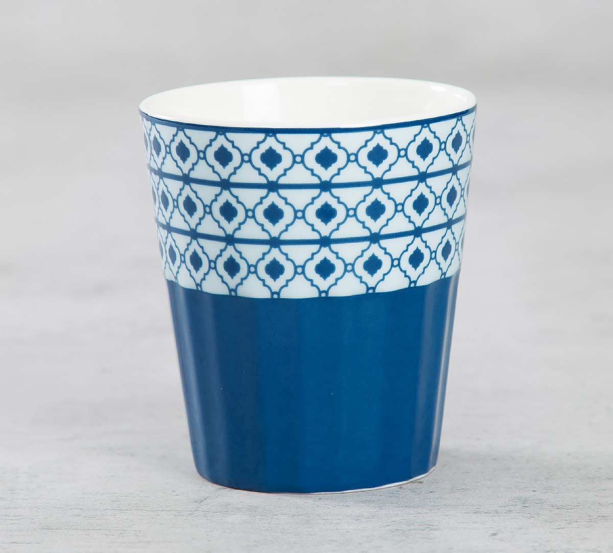 India Circus Lattice Fence Dining Extravaganza Chai Glass
