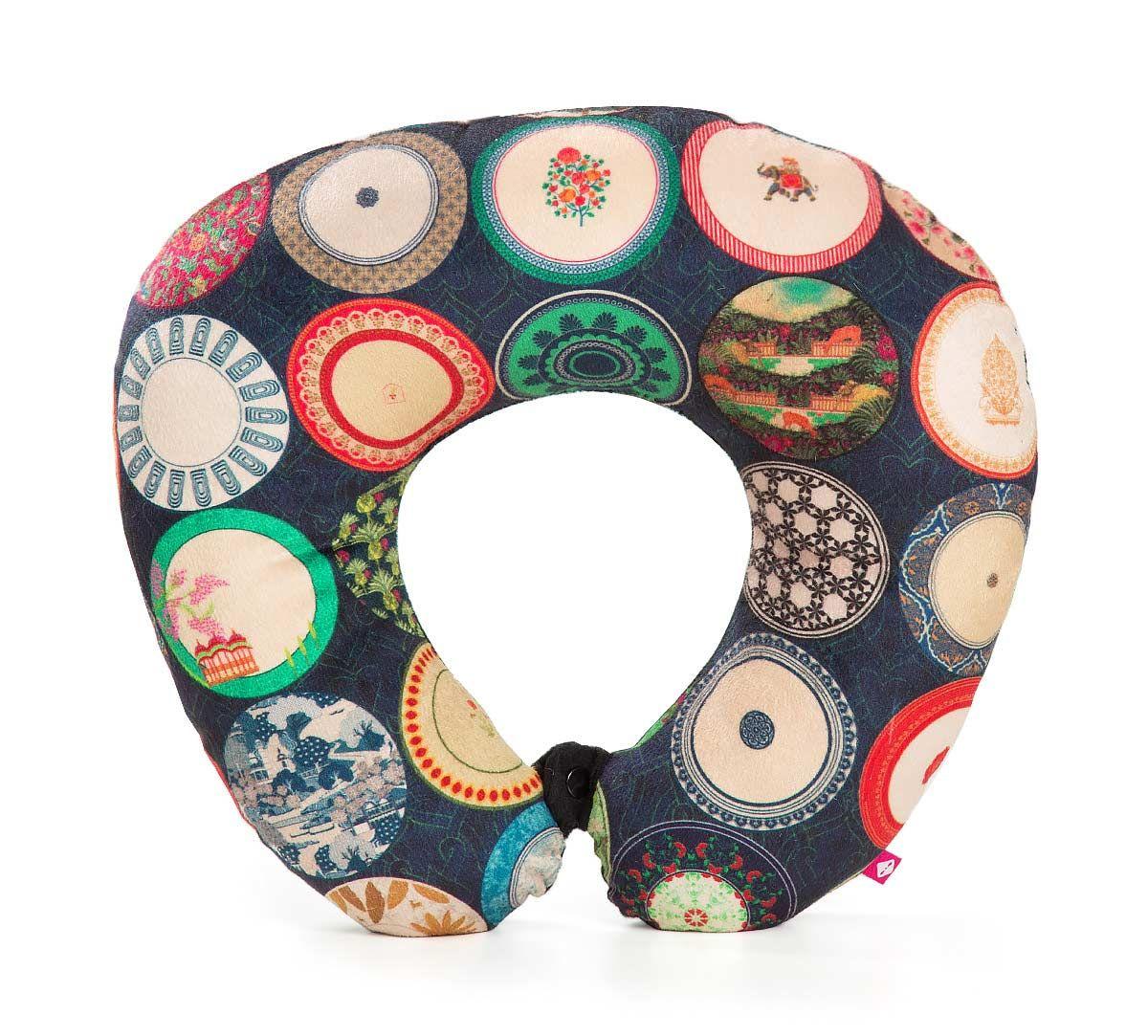 India Circus Platter Portrayal Neck Pillow