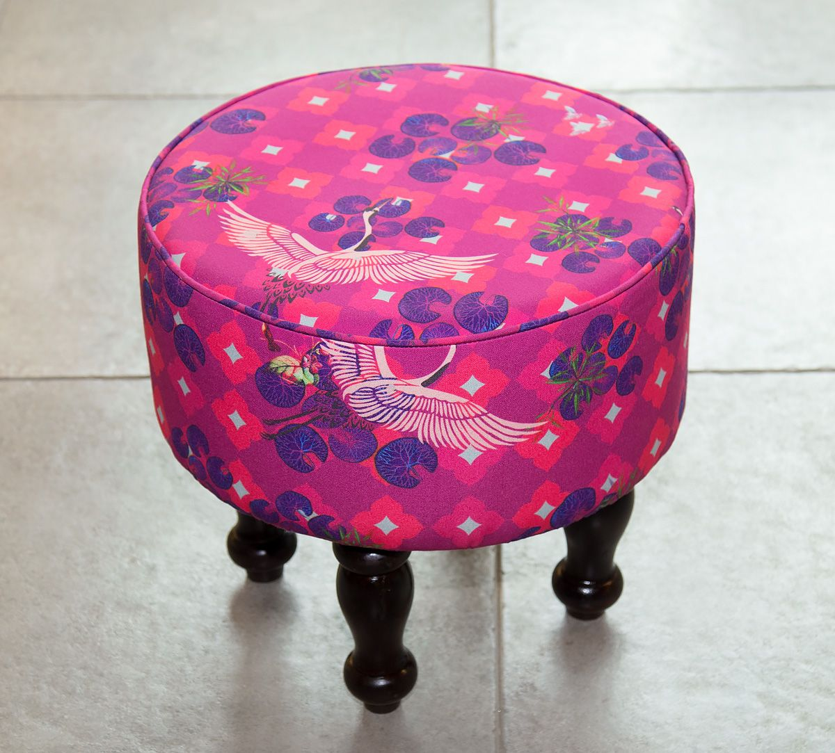 India Circus Red Paradise Ottoman