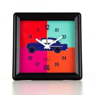 Vintage on Wheels Table Clock