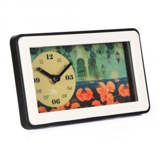 Leaves and Lanterns Table Clock