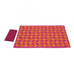 Maze of Melange Table Mats and Napkins Set