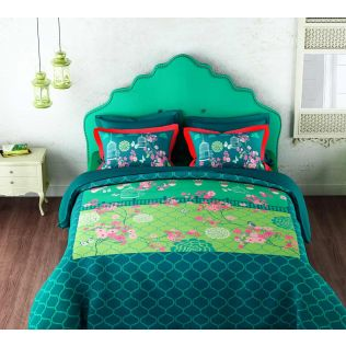 India Circus Chirping Birds Realm Bedsheet Set