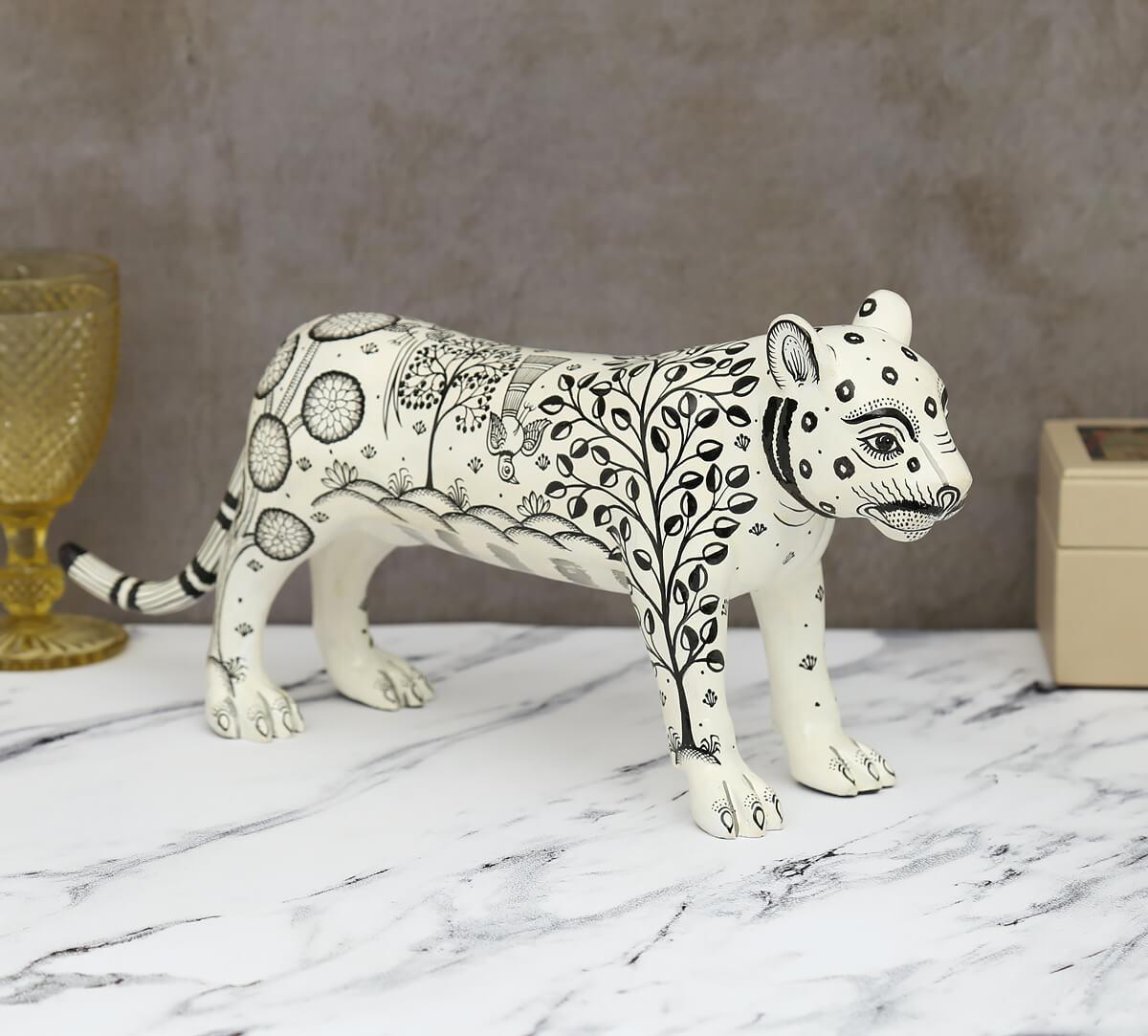 Pattachitra Art White Tiger