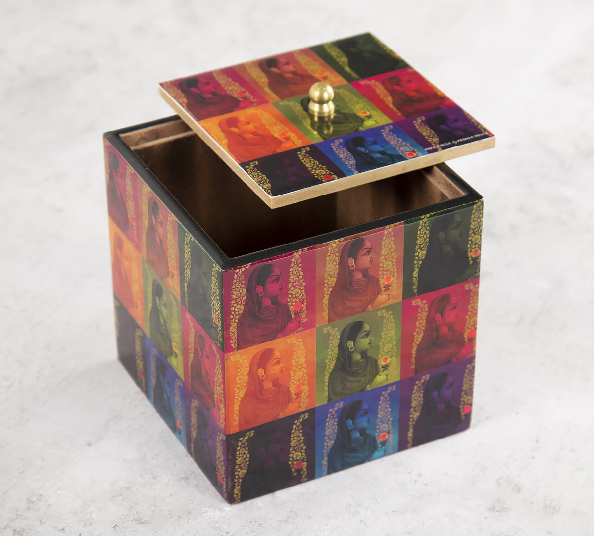 Tinted Queen Square Storage Box